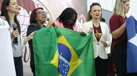 Mulheres que Vencem se reúnem em Caçador (SC)
