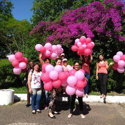 Blitz Rosa promove conscientização contra o câncer de mama